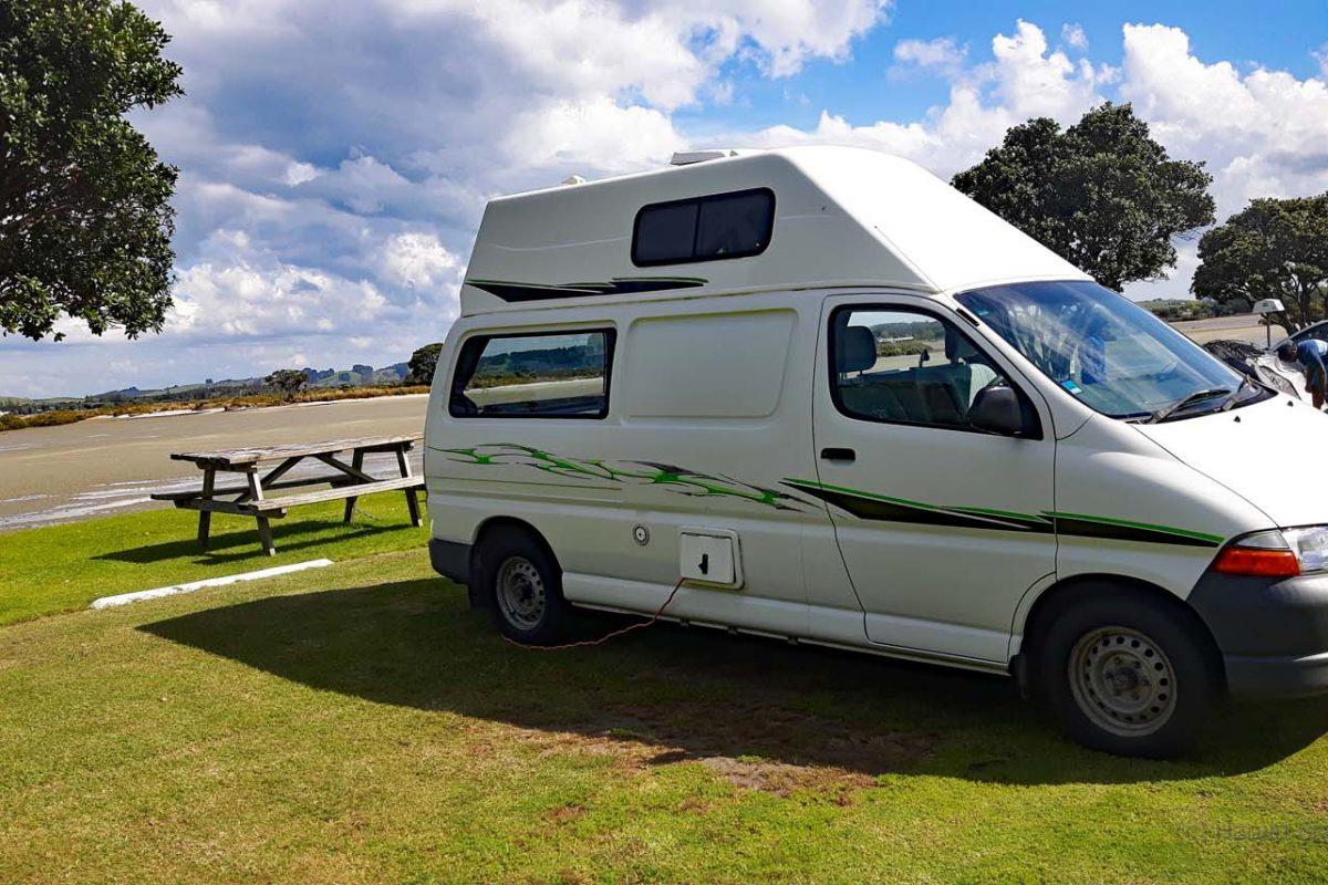 Ein Toyota High Top Campervan