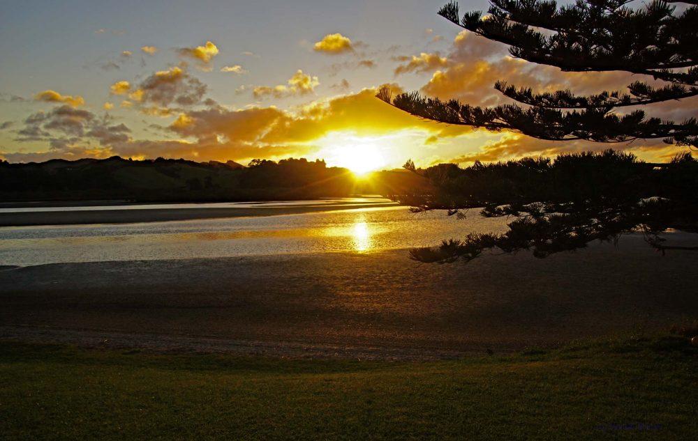Sonnenuntergang Whananaki Neuseeland