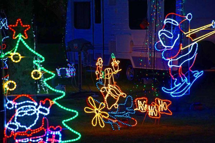 Wairoa Holiday Park weihnachtlich beleuchtet